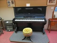 万平ホテル 資料館 ピアノ