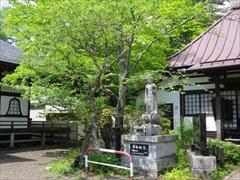 神宮寺境内