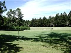 軽井沢 プリンスホテルウエスト ミニゴルフができる芝生