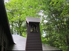 ショー記念礼拝堂の鐘 若葉 新緑 軽井沢