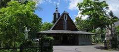 軽井沢 聖パウロカトリック教会 若葉