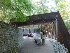 軽井沢 石の教会の入口