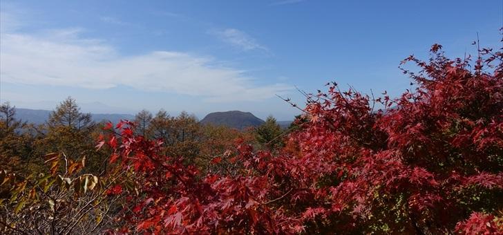 軽井沢 見晴台から離山を望む