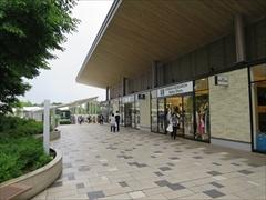 軽井沢 アウトレット 味の街