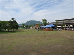 軽井沢 アウトレット ツリーモール離山