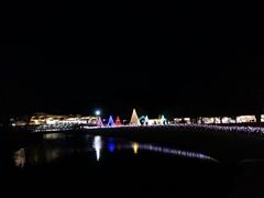 軽井沢 アウトレット イルミネーション 水面に映る光
