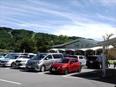 軽井沢 アウトレット センターモール 駐車場