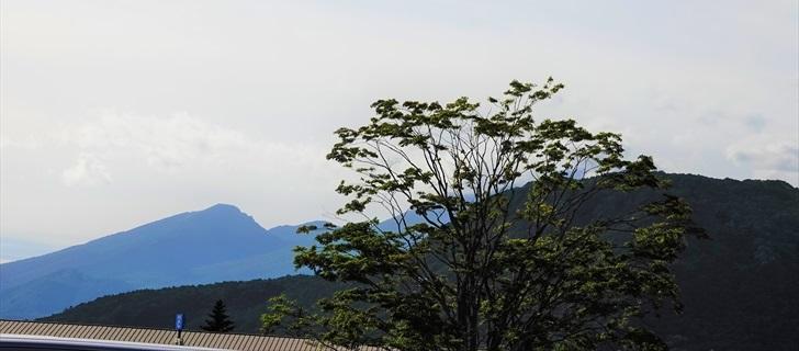 軽井沢 アウトレット 軽井沢 アウトレット 浅間山・離山を望む 2018年8月18日
