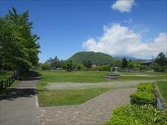 矢ヶ崎公園・離山
